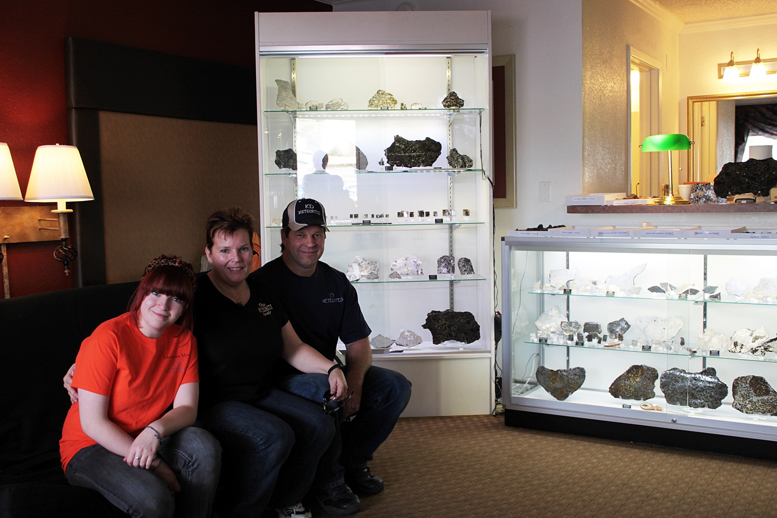 Tucson 2014 Meteorite Dealers Pictured on MPOD
